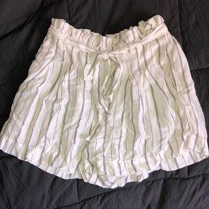 American Eagle Tie Shorts